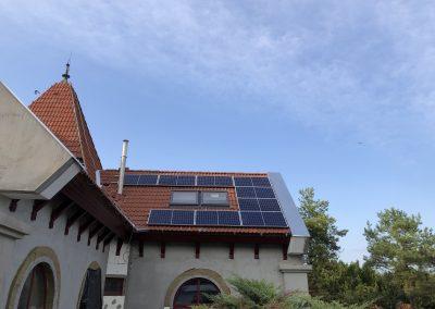 2.56 kWp napelem rendszer Nagypeterd 2